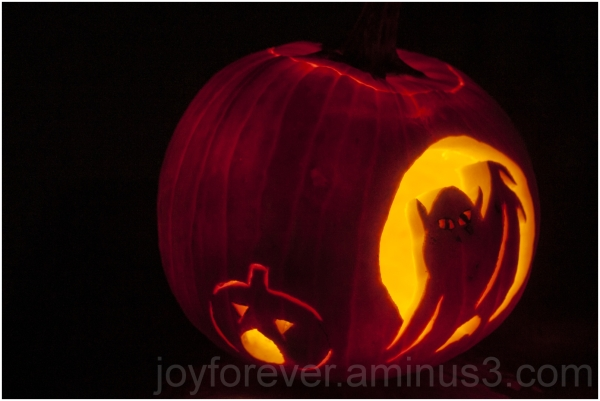 pumpkin carving jack-o-lantern Halloween ghost