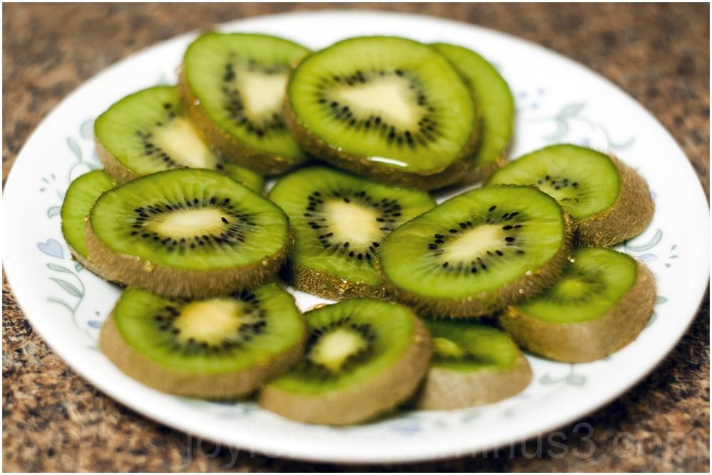 kiwi fruit food honey close-up
