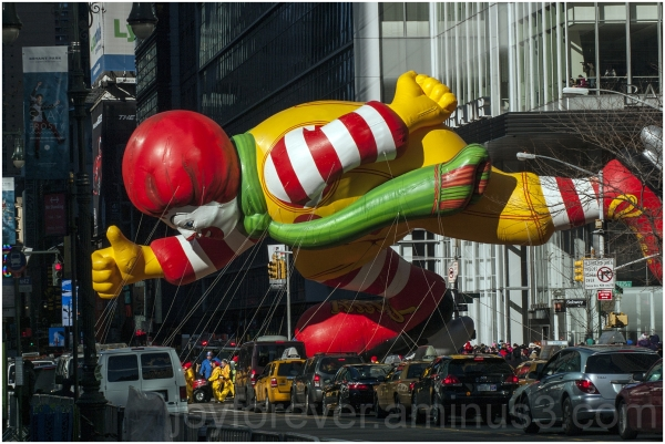 NYC Thanksgiving parade Macys Ronald balloon float