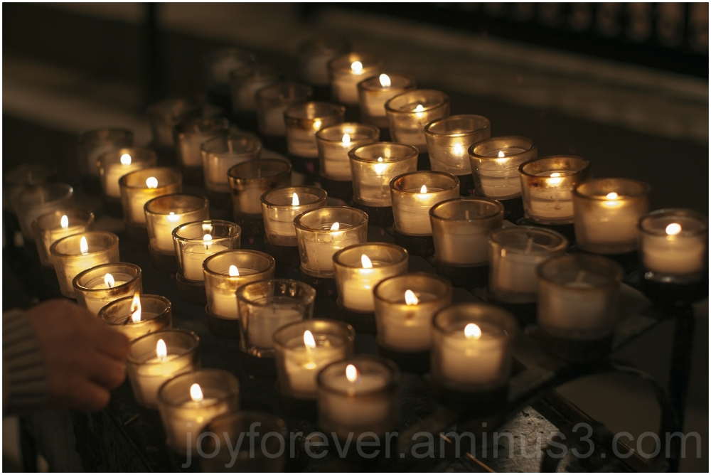 candle church fire worship Christmas National DC