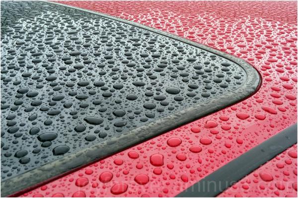 car roof rain red black water drops raindrops