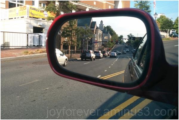Fairfax VA street car traffic mirror reflection