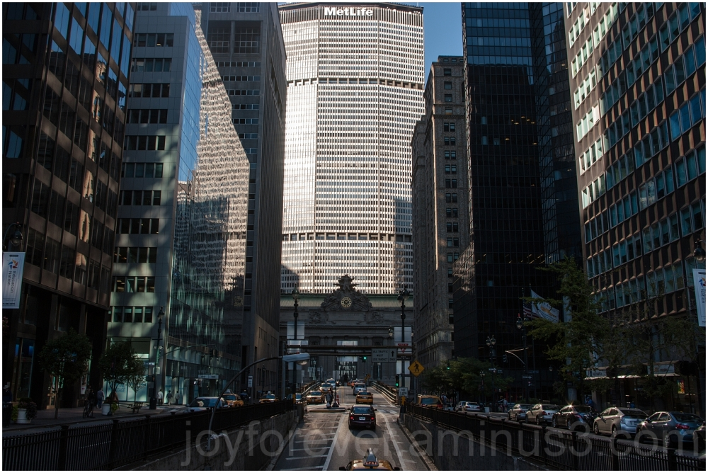 Manhattan Park Avenue street building grand NYC