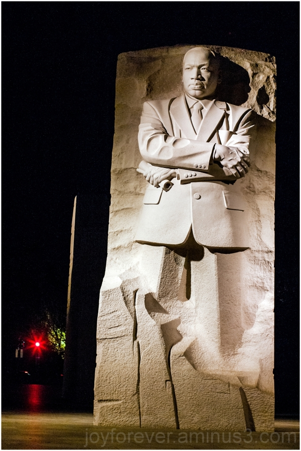 Martin Luther King Memorial statue sculpture DC