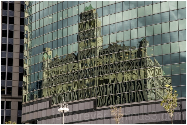 Chicago building glass reflection skyscraper