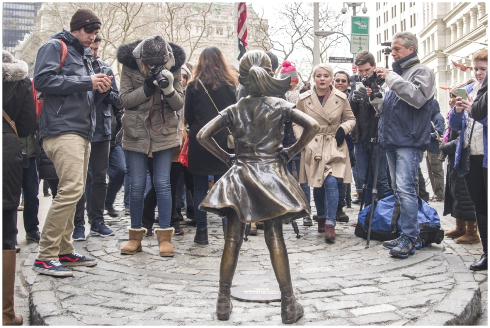 fearless girl bronze statue BowlingGreen NYC