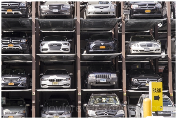 cars parking NYC NewYorkCity street Manhattan