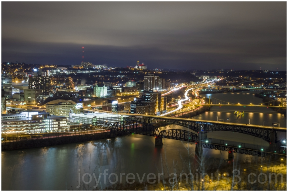 Pittsburgh Pennsylvania night cityscape lights sky
