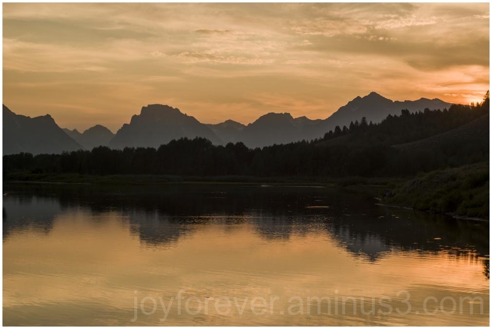 GrandTetons Sunset mountains lake reflections WY