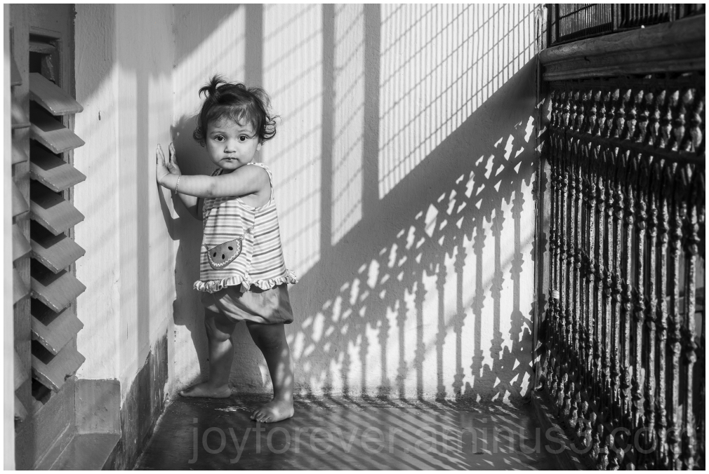 baby toddler infant girl B&W Black&White shadow