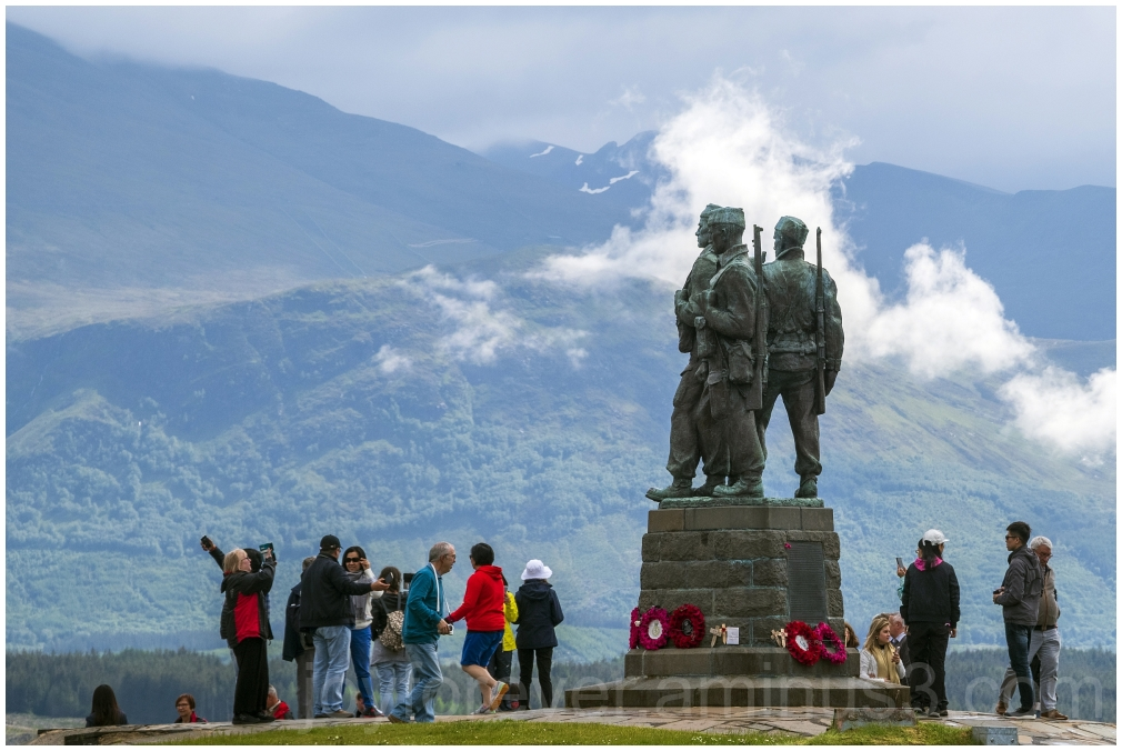 commando memorial Scotland statue sculpture UK