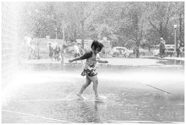 CrownFountain MilleniumPark Chicago fountain child