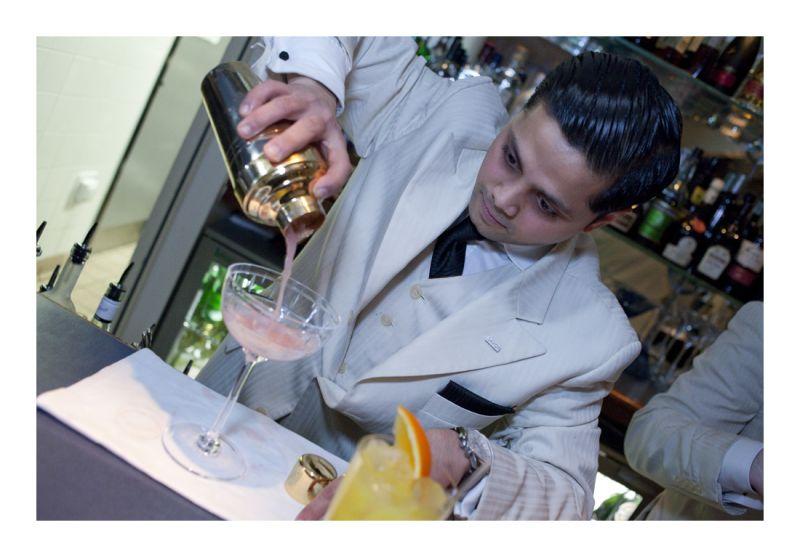 Savoy Cocktail Pour