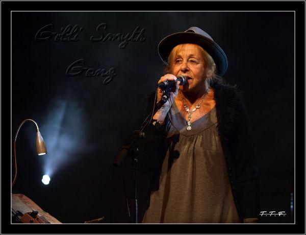 """Gong  """"Gilli Smyth""""  au 112 !!!"""