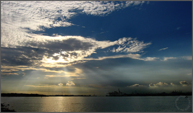 rays over punggol