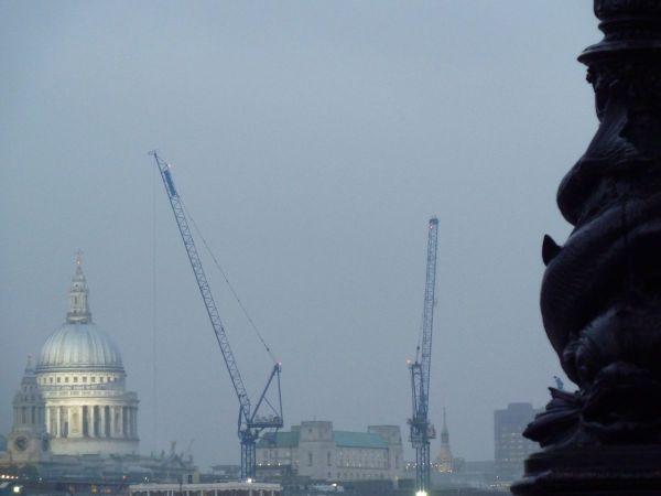 misty morning albert bridge pogues