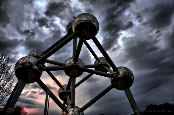Atomium 1/5 (c) ALexandre Hermans 2009