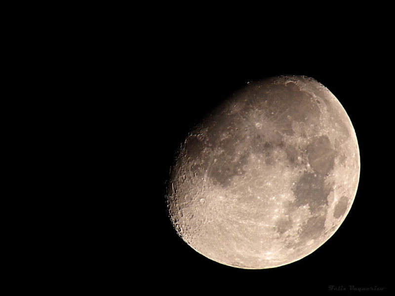 Moon to 1000mm