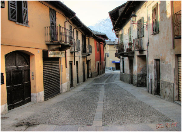 Via centrale borgo antico Luserna