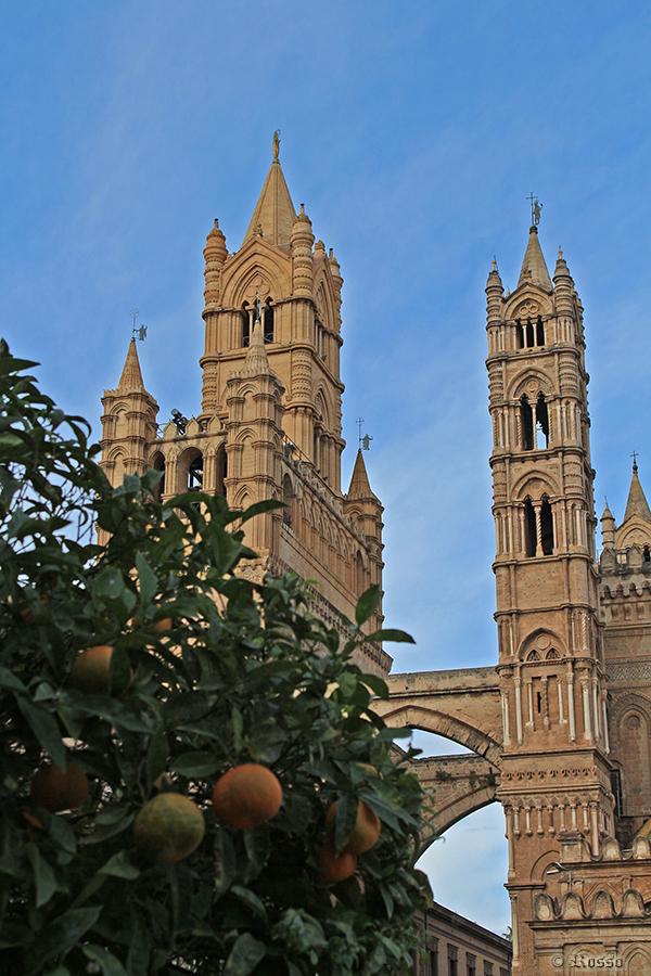 Campanili  a  Palermo