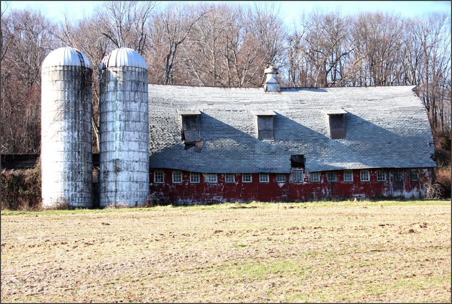 Cross America, Old Barn in Pennsylvania
