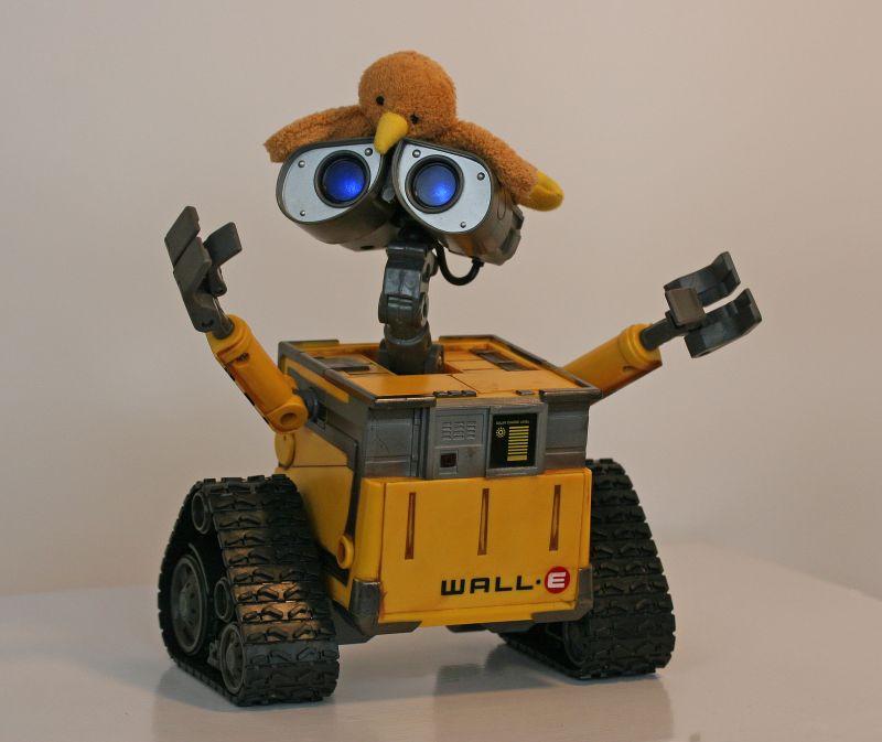 Kaha Meets Wall-E