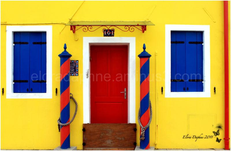 door in burano yellow