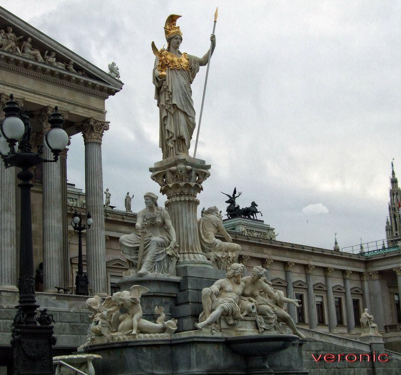 Great statues of Wien 6*