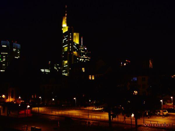 Main Tower Frankfurt 5*