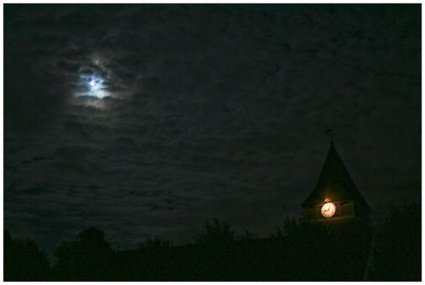 Gothic by night