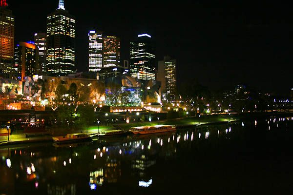 Melbourne at night 4