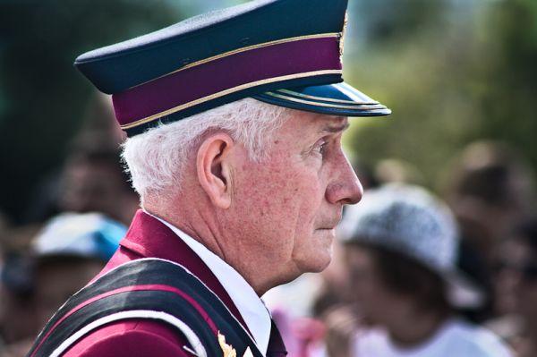 Parade faces 4