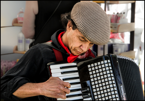 French Festival: Performer