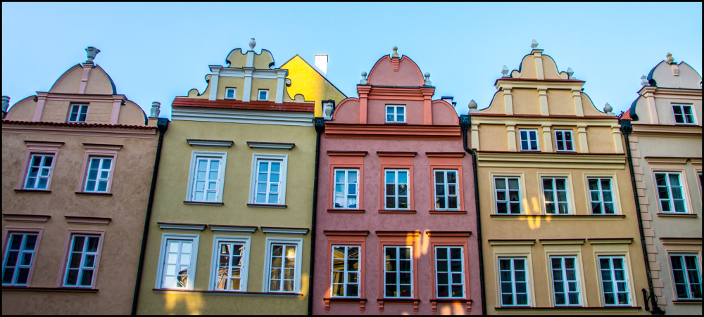 Warsaw: All in a row