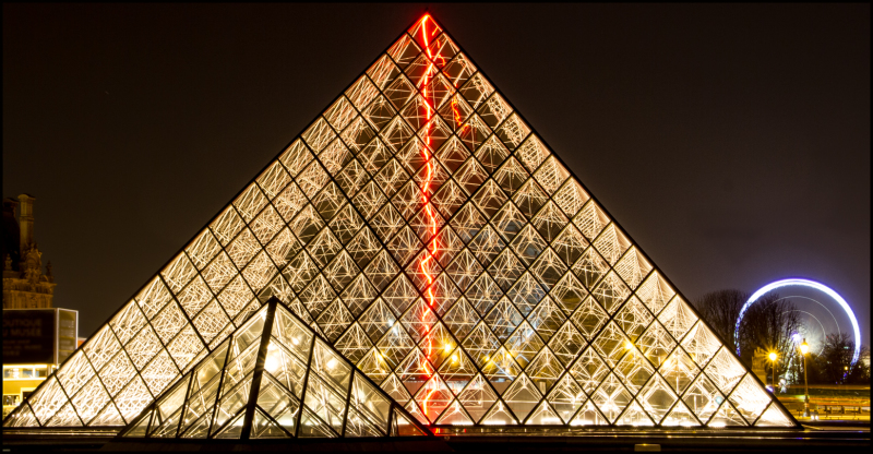 The Louvre at night 2
