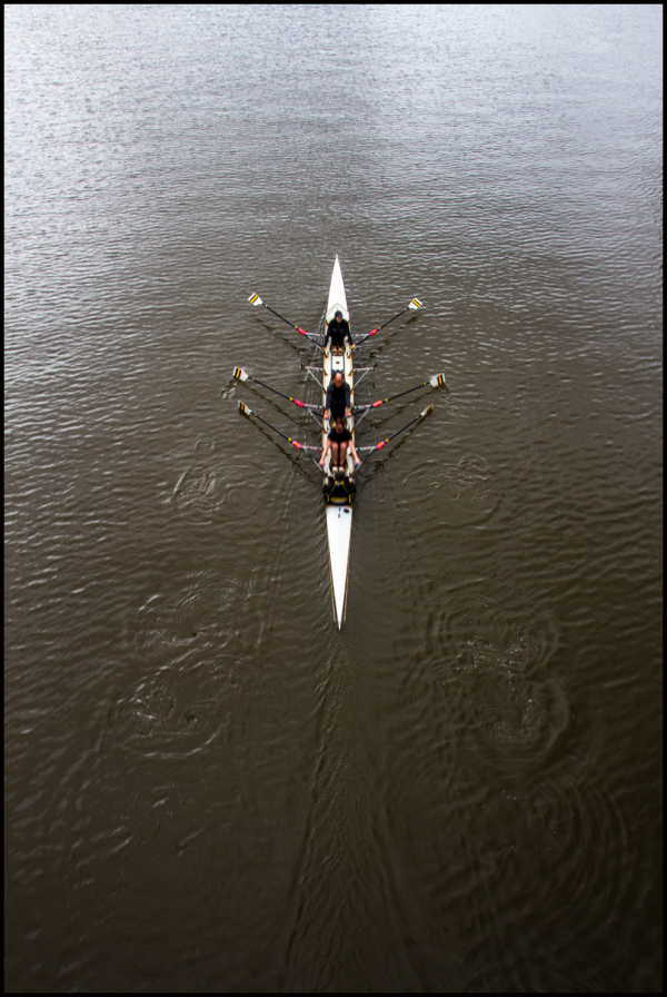 Row row row your boats