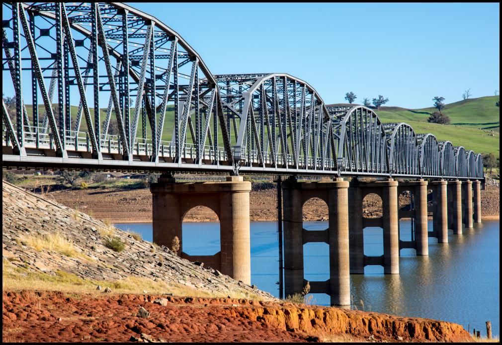 Bridge over the Murray