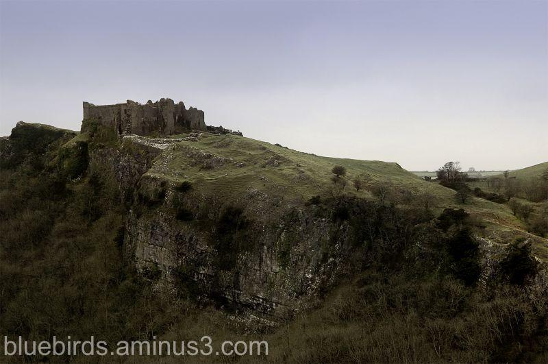 Castell Carreg Cennen