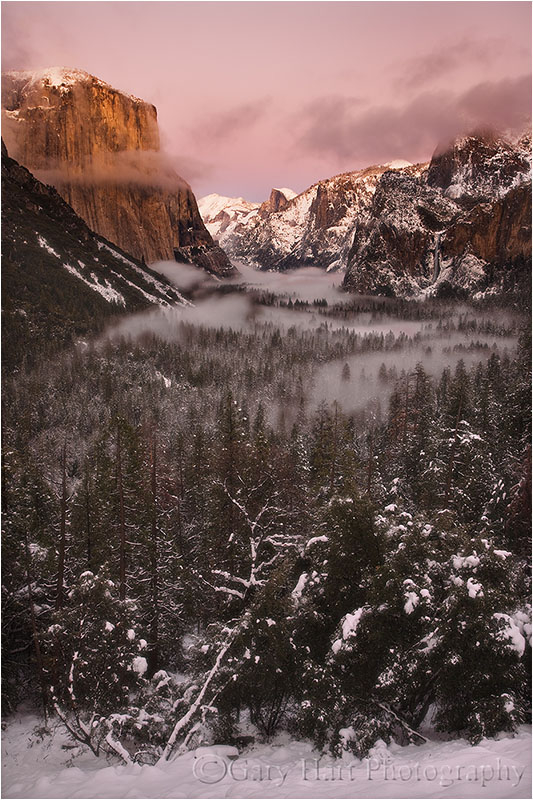 Yosemite Valley basks in the post sunset glow