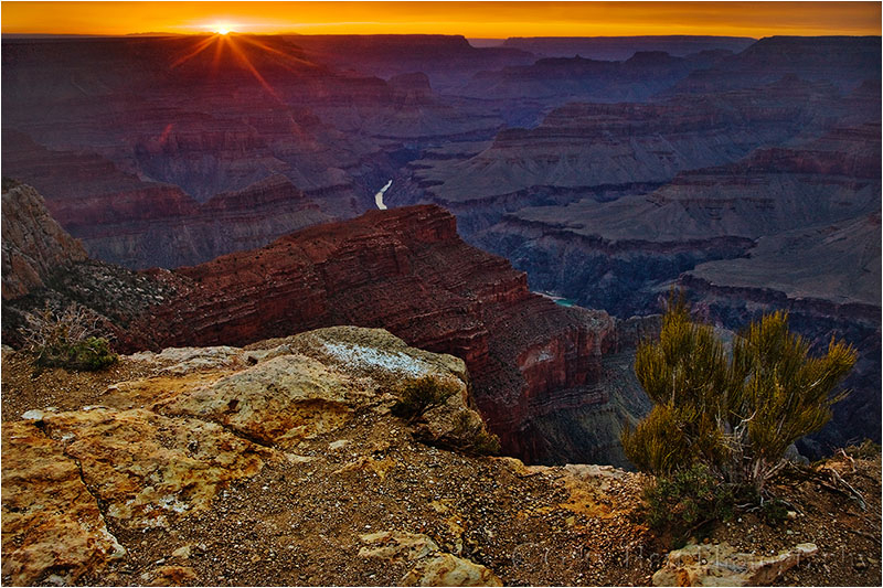Setting sun from the Grand Canyon's Hopi Point