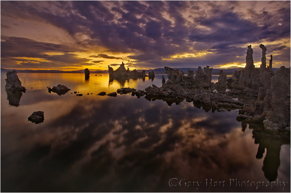 Mono Lake in the pre-dawn light