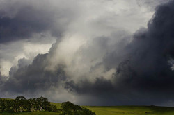 Electrical storm darkens the California foothills