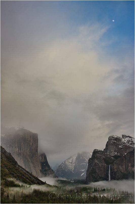 Through the Clouds, Tunnel View, Yosemite