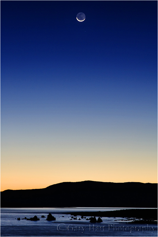 Sunrise crescent rising above Mono Lake