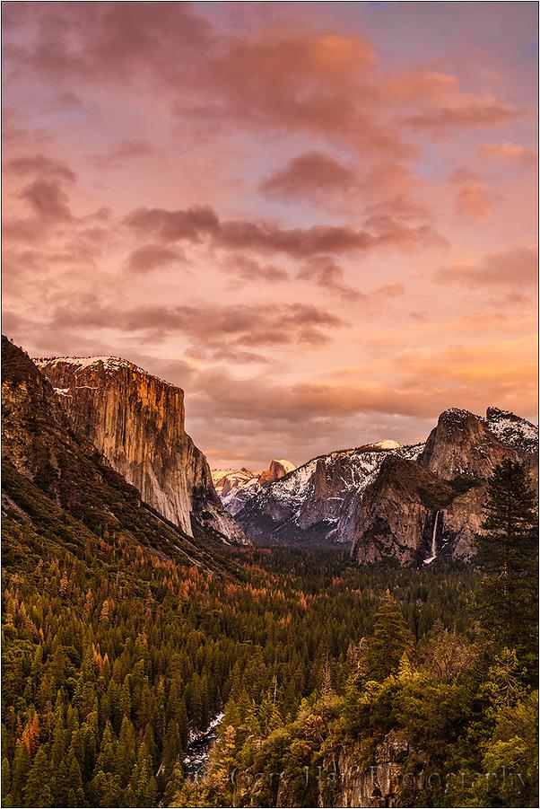 Yosemite Sky, Tunnel View, Yosemite