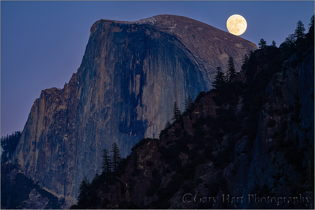 Balanced Moon, Half Dome, Yosemite