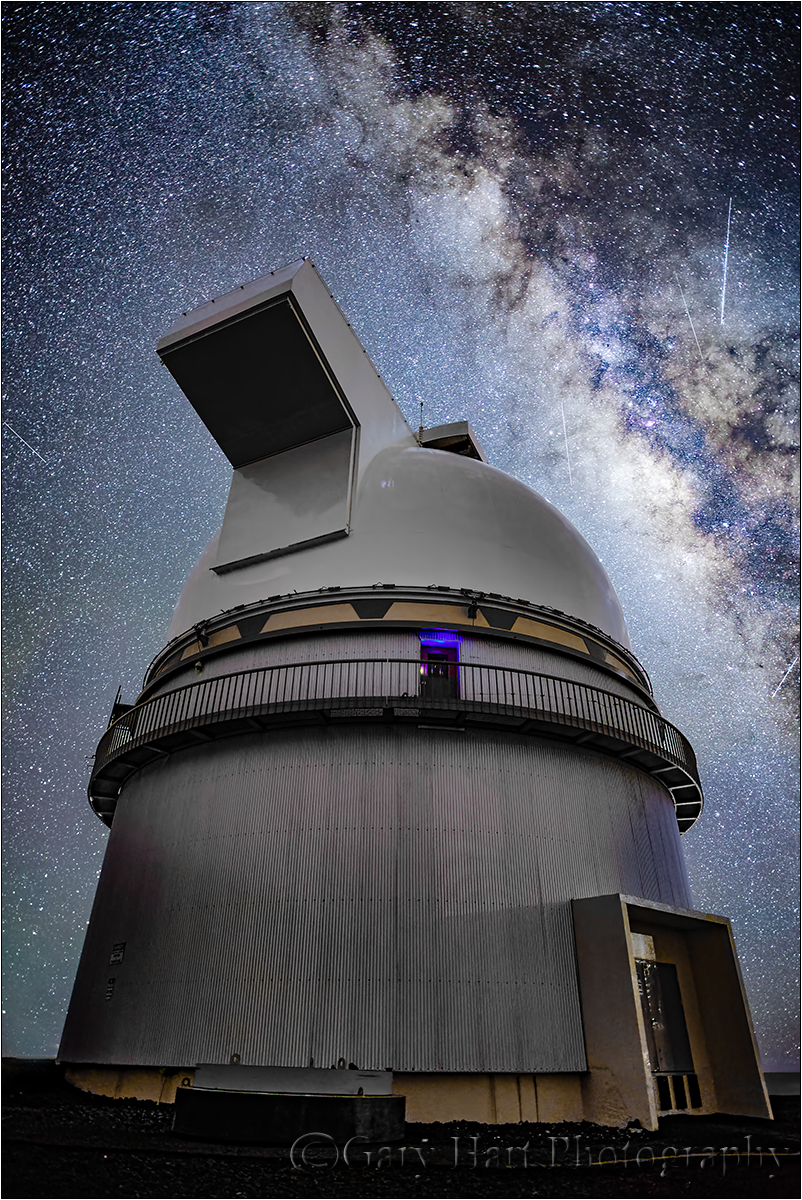 Look to the Sky, Milky Way & Mauna Kea Observatory