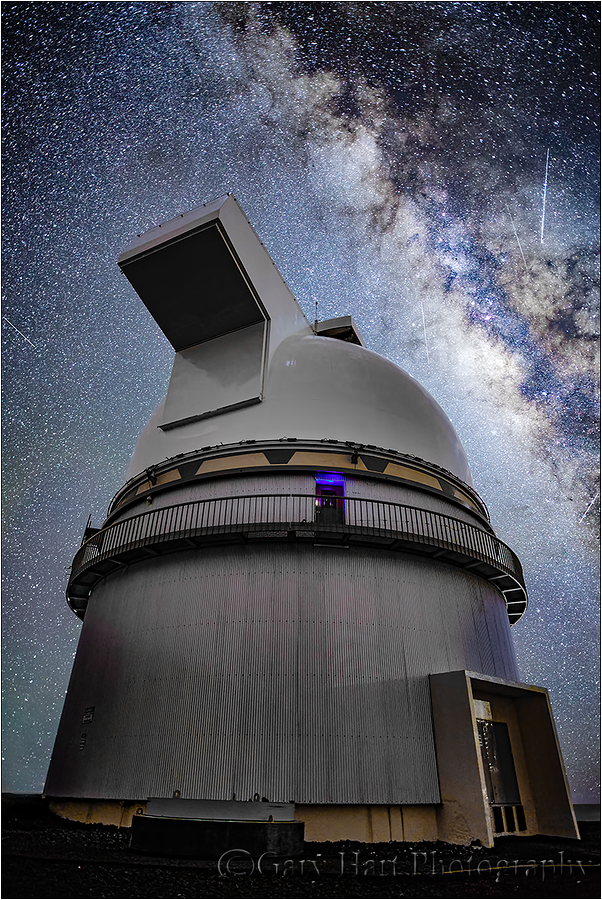 Look to the Sky, Milky Way & Mauna Kea Observatory