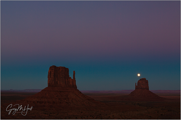 Moon Over East Mitten, Monument Valley