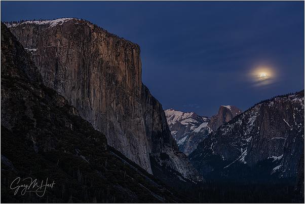 Nightfall, Yosemite Valley Moonrise